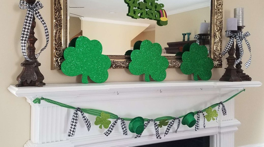 St Patrick's Day Mantel {Life on the Bay Bush}