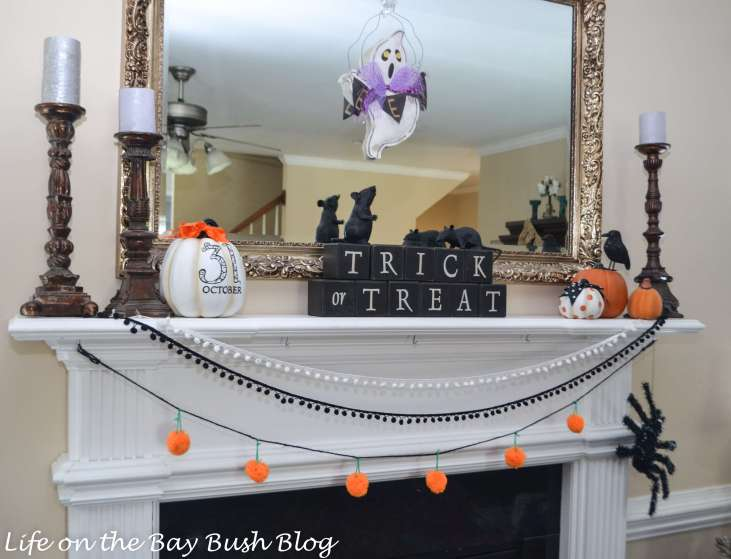 Adorable Halloween Mantel - Love the Bunting - Life on the Bay Bush