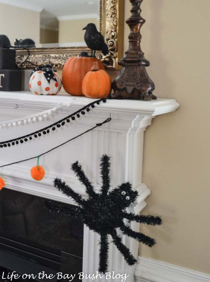 Spiders on the Mantel for Halloween - Life on the Bay Bush