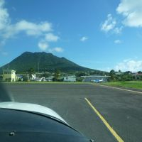 How to become a frequent flyer (or pro #1 of living on Statia)