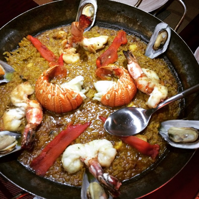 Sticky lobster paella