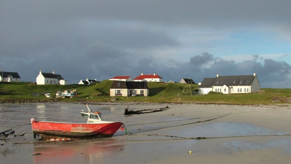 Scarinish Harbour - adds a touch of colour