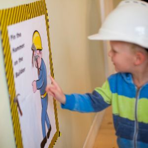 Construction party games - Life on Wallace - pin the hammer on the builder