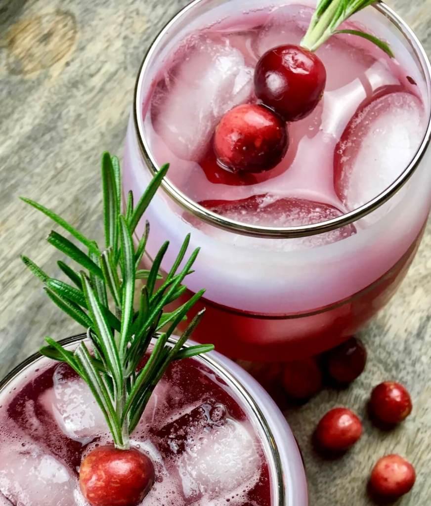 Spiced Cranberry Spritzer