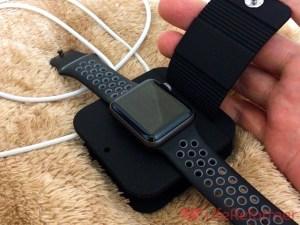 これがあれば不安定な場所での充電も心配なし!Qtuo『AppleWatch用充電ケーブル収納ケース』持ち運びにもかなり便利です!