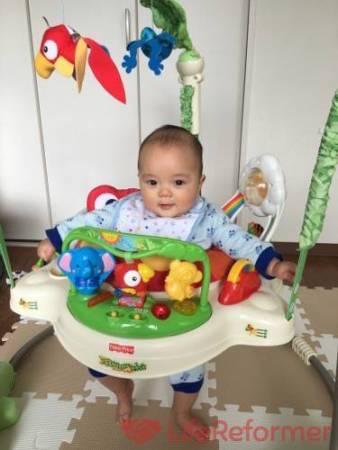 6ヶ月の息子が大興奮のジャンプ遊び道具『レインフォレスト・ジャンパルー』毎日めちゃくちゃ楽しそうに飛び跳ねてます!