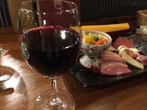 《神楽小町 神楽小路店》神楽坂で見つけたご馳走とワインはマジ旨い!
