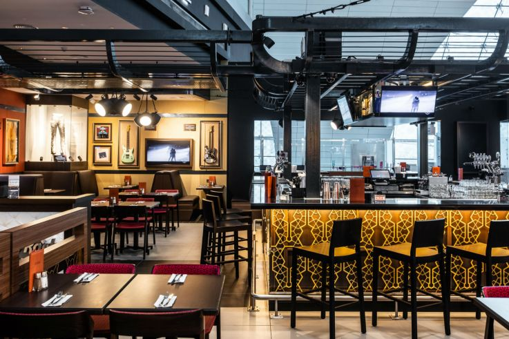 Hard Rock Cafe was opened at Dubai Airport__2