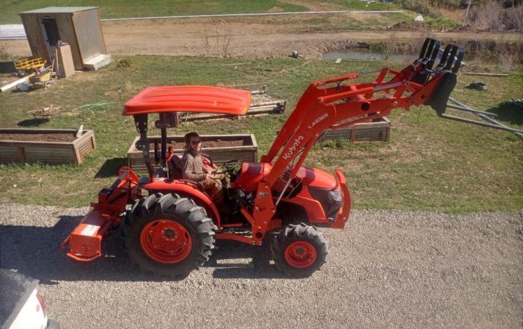 tractor, Healing Hollowd farm