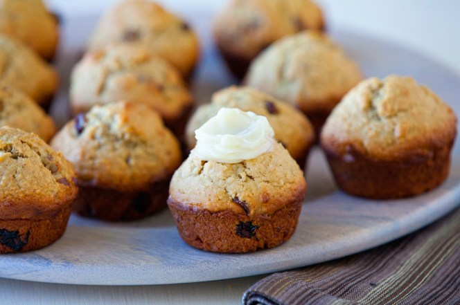 recipe_oat_muffins_with_honey_butter (1)