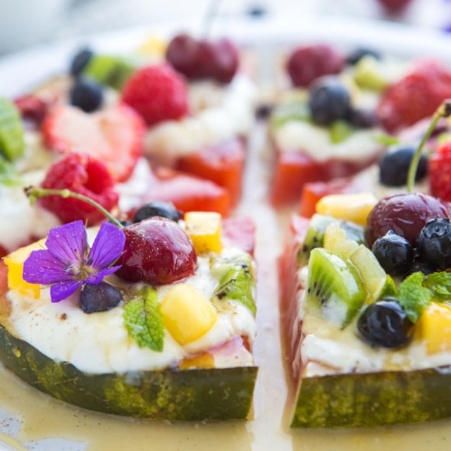 Grilled_Watermelon_Pizza_1456461904_2134
