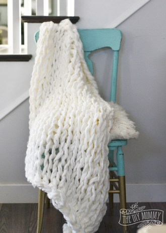 how-to-make-an-arm-knit-blanket