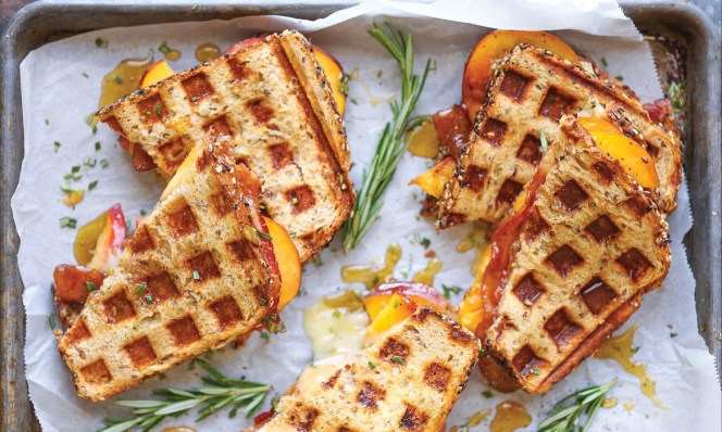 peach-bacon-brie-grilled-cheese-1