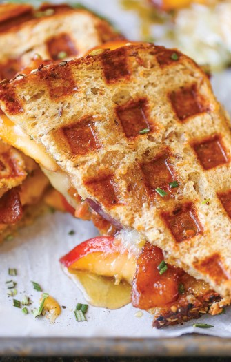 peach-bacon-brie-grilled-cheese-2