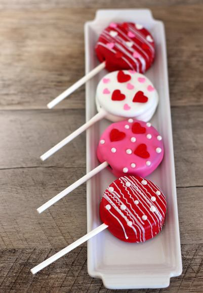 valentines-day-oreo-pop-treat