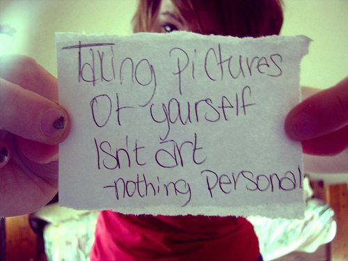 Taking-Self-Portraits-for-Facebook