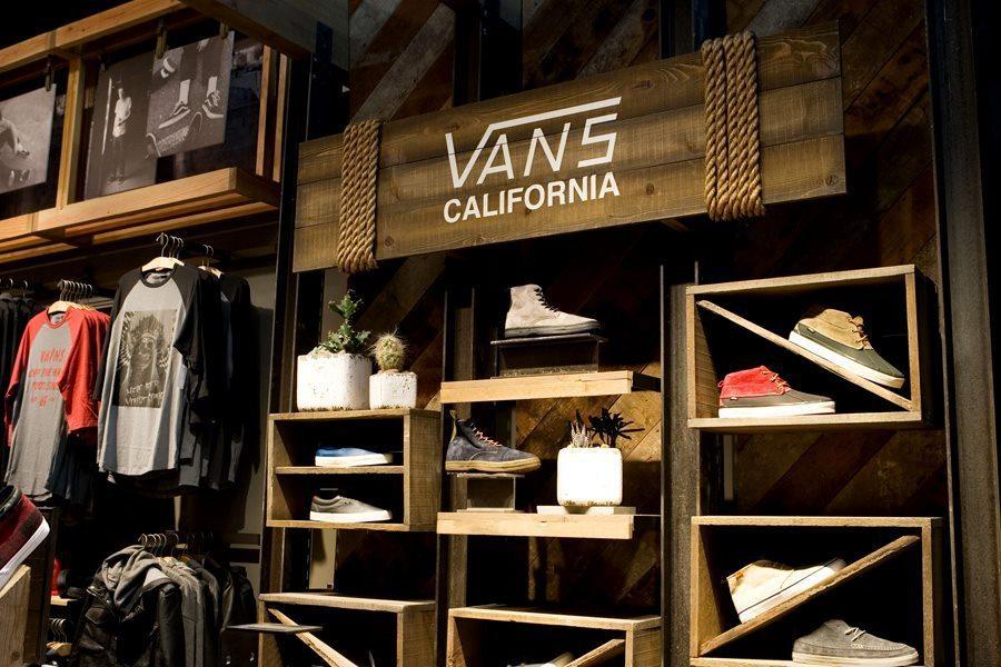 3e912e7715 Vans celebrates Canadian store opening on Yonge Street