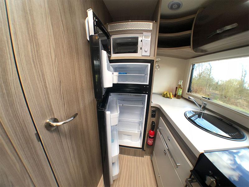 Benimar-Tessoro-481-large-fridge-open