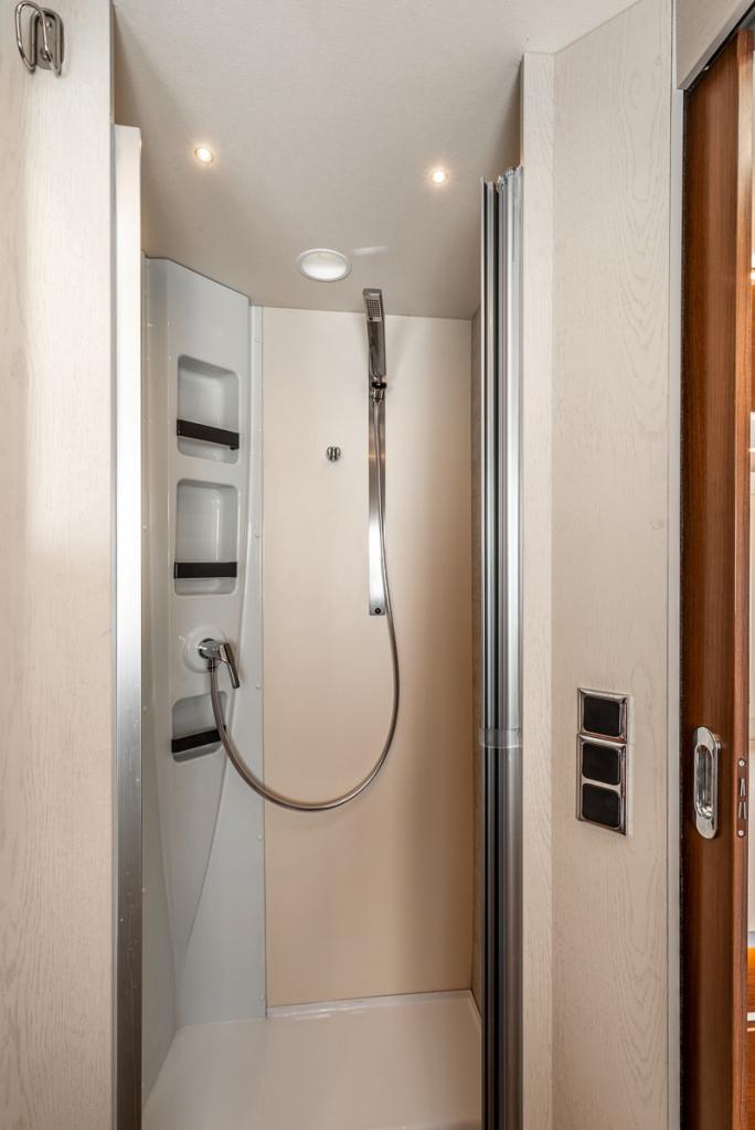Villena_Motorhome_Shower