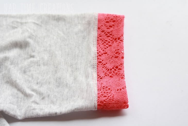 add a lace yoke to a t-shirt tutorial