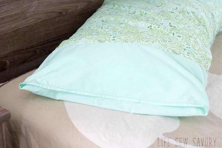 Simple pillowcase tutorial
