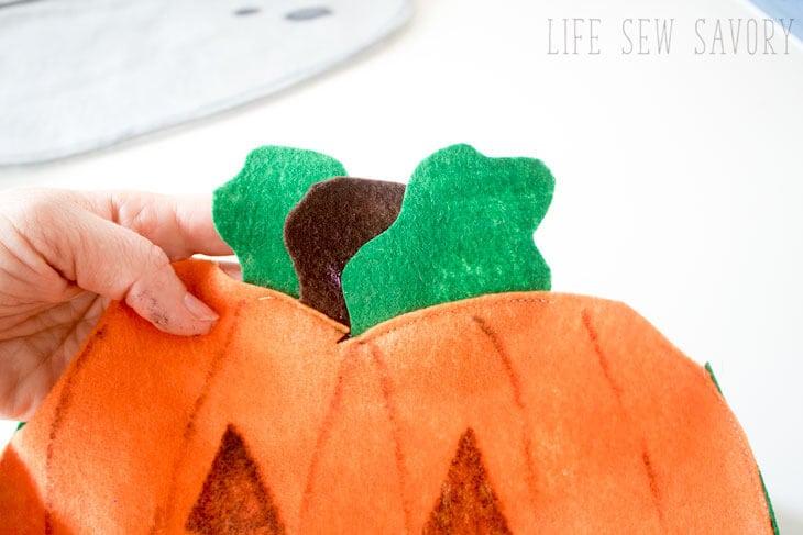 diy felt halloween bag