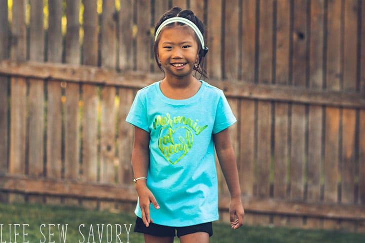 make cute girls shirt with svg files