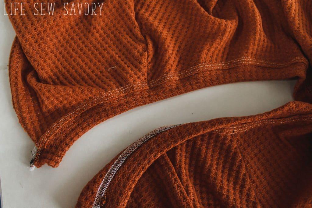 neckline top-stitching