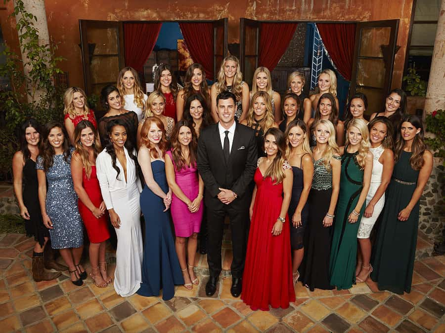 Ben Higgins and contestants (photo: ABC)