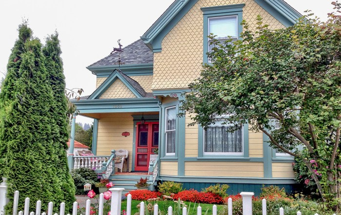 Explore dozens of colourful painted ladies in Ferndale California. These fine Victorian homes and storefronts showcase the dramatic architecture of a great historic era. Photo Credit: Wendy Nordvik-Carr©
