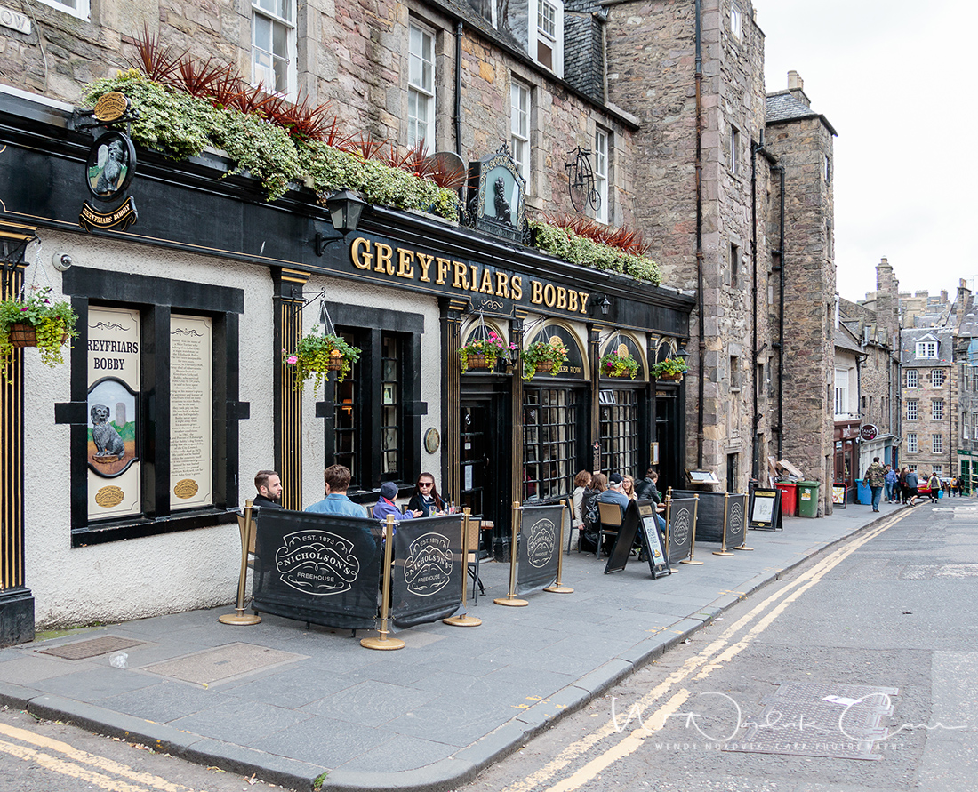 Learn about the famous little dog, Greyfriars Bobby. There so many things to do and discover in Grassmarket. It is a wonderfully charming area to check out. Some of the oldest streets in Edinburgh can be found in Grassmarket. Photo Credit: Wendy Nordvik-Carr©