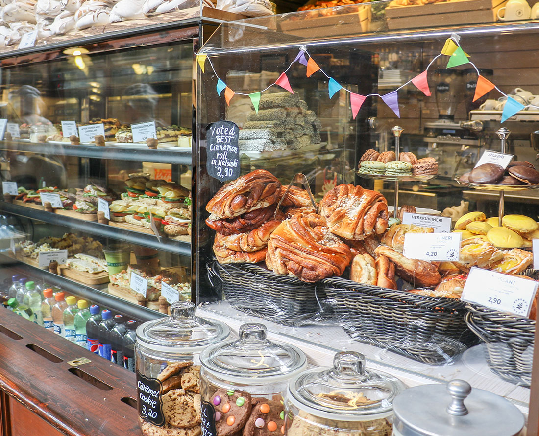 Traditional Foods of Finland. Delicious cakes, pastries and baked goods in the markets of Helsinki. Helsinki is part of the designated UNESCO Creative Cities Network. Here are the top things to do in Helsinki, Finland a City of Design. Photo Credit: Wendy Nordvik-Carr©