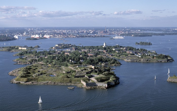 "One of the top things to do in Helsinki is to visit the ""Castle of Finland"" Suomenlinna. It is a designated UNESCO World Heritage Site. Photo archives of the Governing Body of Suomenlinna, Photographer Lentokuva Vallas Oy©"