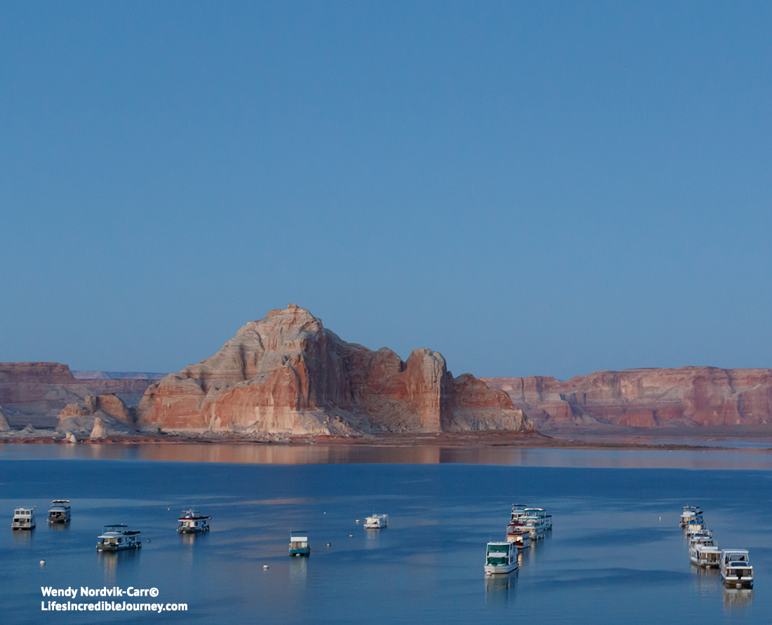 Houseboat rentals on Lake Powell. Photo Credit: Wendy Nordvik-Carr