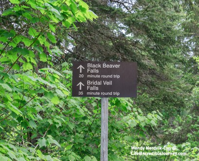 SIgn on the trail to Black Beaver Falls and Bridal Veil Falls in Agawa Canyon Park. Photo Credit: Wendy Nordvik-Carr©