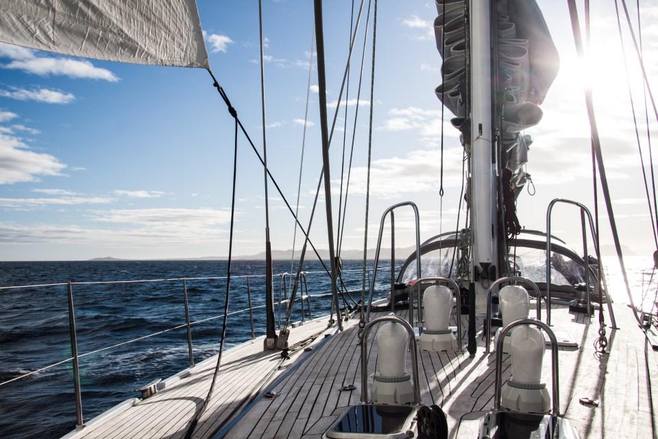 Navigation sur LifeSong au large de Terre-Neuve