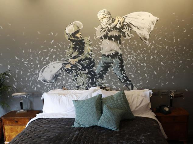 Banksy hotel muro