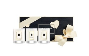 20B03_PR_GE_ValentinesDay_TravelCandleCollection_WithBox_300dpi