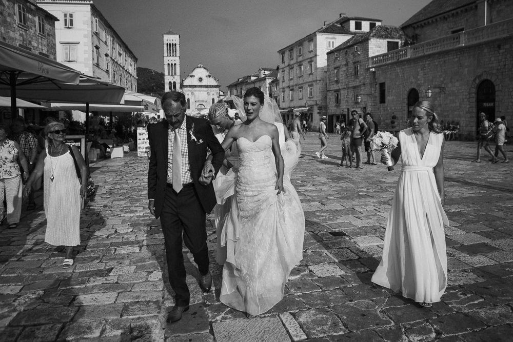 40-0239_Lifestories_wedding_hvar_alex-nick-150723_IMG_0680