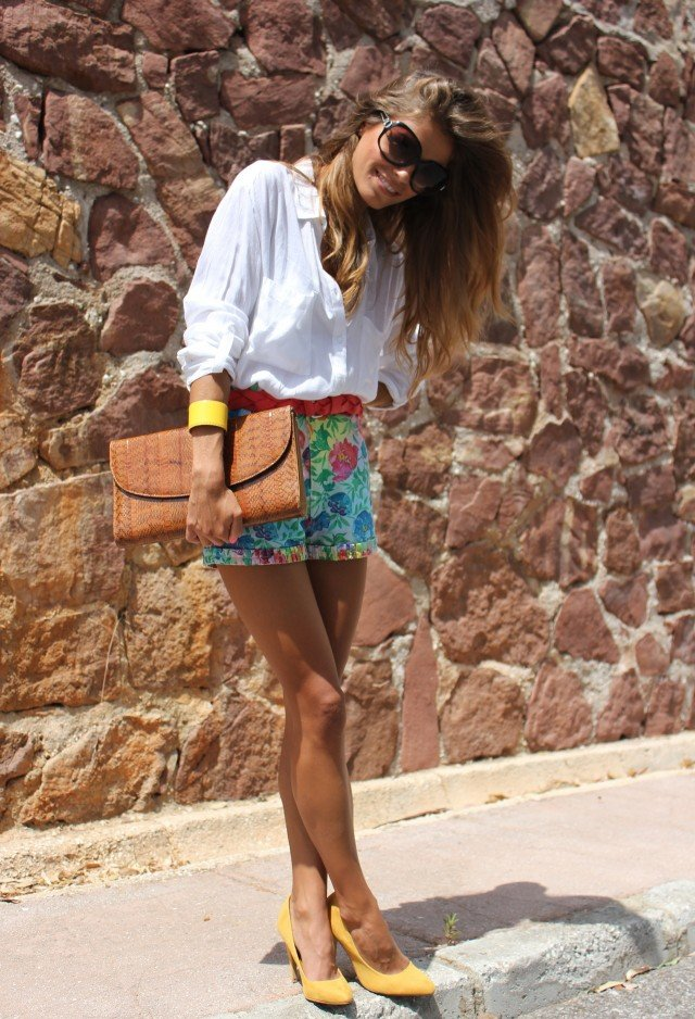 Summer Style How To Wear Printed Shorts LifeStuffs
