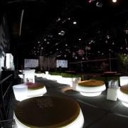 406_LES_LED_Fullmoon_Lounge seater_1