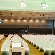 LES_Phanton_Chairs_Conference_set_up