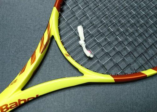 振動止め テニス 自作 家庭 輪ゴム ゴム紐