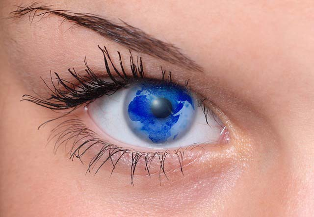 eye-arfika-frau