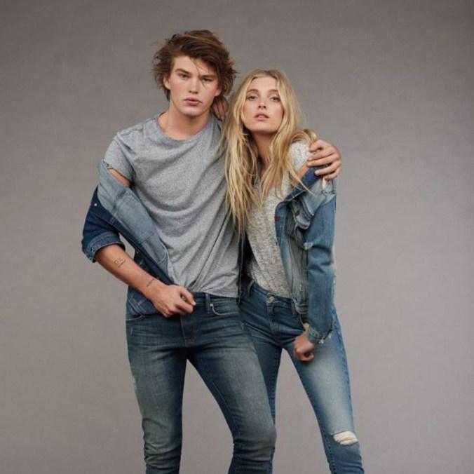 trendfarbe-grau-jeanslook