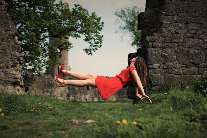 Kleid Rot Sandalen