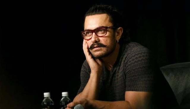 Aamir Khan ARTIS BOLLYWOOD LEGENDARIS