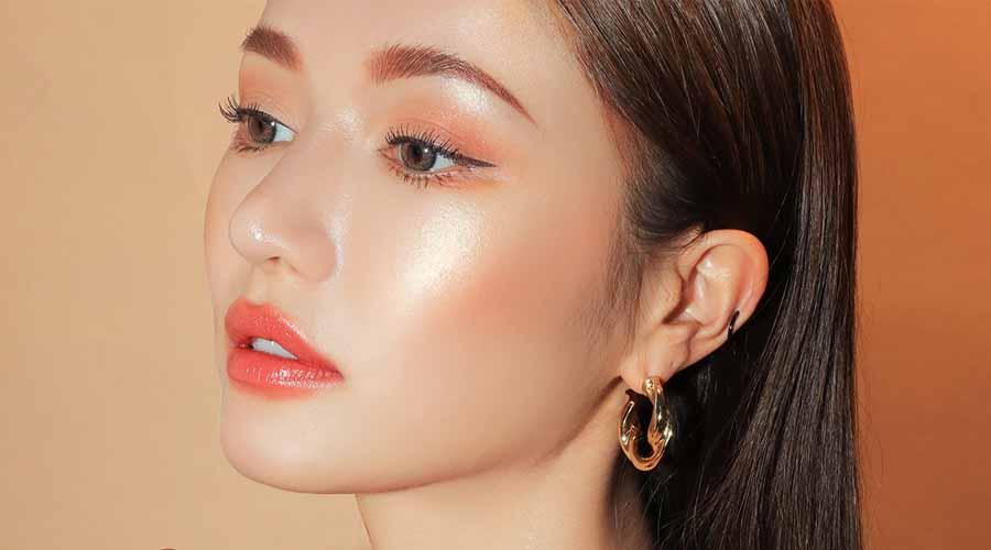 Fungsi Highlighter Makeup