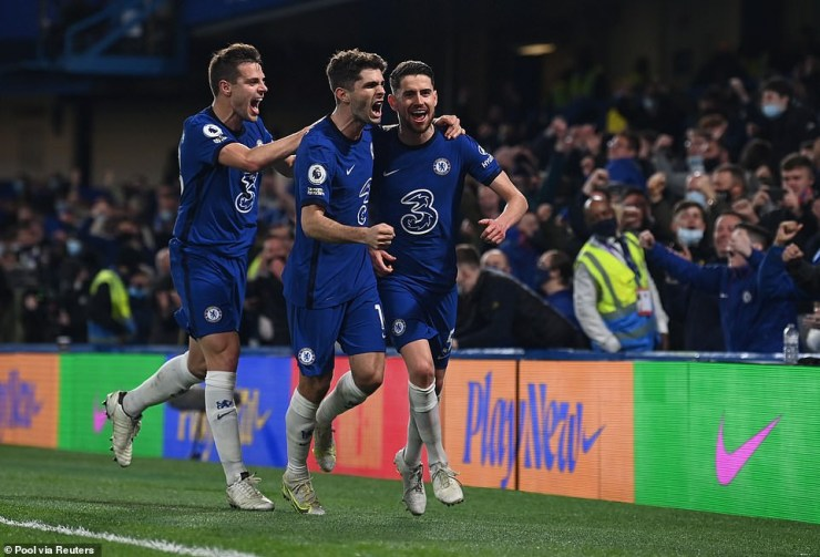 Chelsea 2-1 Leicester: Blues gain vital points in entertaining match as they move to third with just one match left