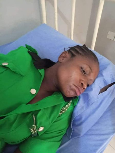 Pregnant Woman Slumps After Akeredolu's Aide Slaps Her For Not Standing To Greet Him
